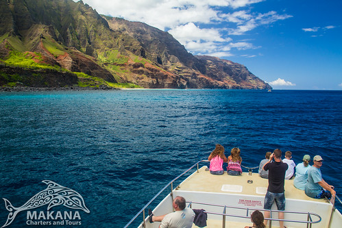 Cruising the Na Pali Coast