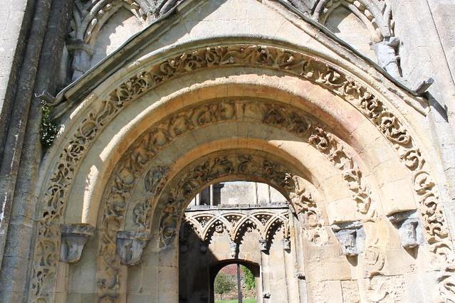 20120830_6473_Glastonbury-abbey_Small