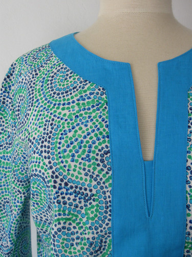 Swirl tunic close up