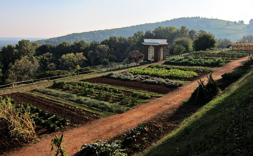 mountain garden nhl virginia path unesco worldheritagesite va plantation charlottesville monticello thomasjefferson vegetablegarden nationalhistoriclandmark nationalregisterofhistoricplaces nrhp