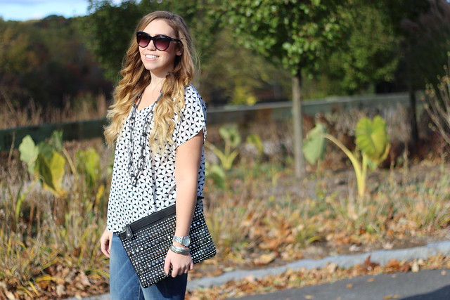 Living After Midnite: Go To October Boyfriend Jeans Outfit