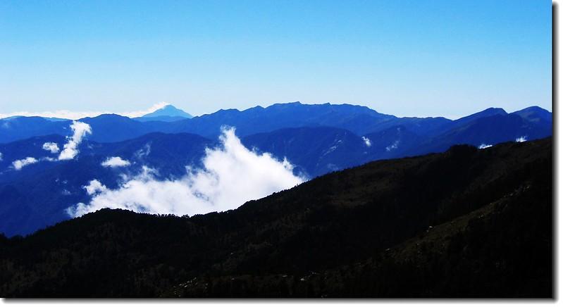 南一段(From 向陽山) 2