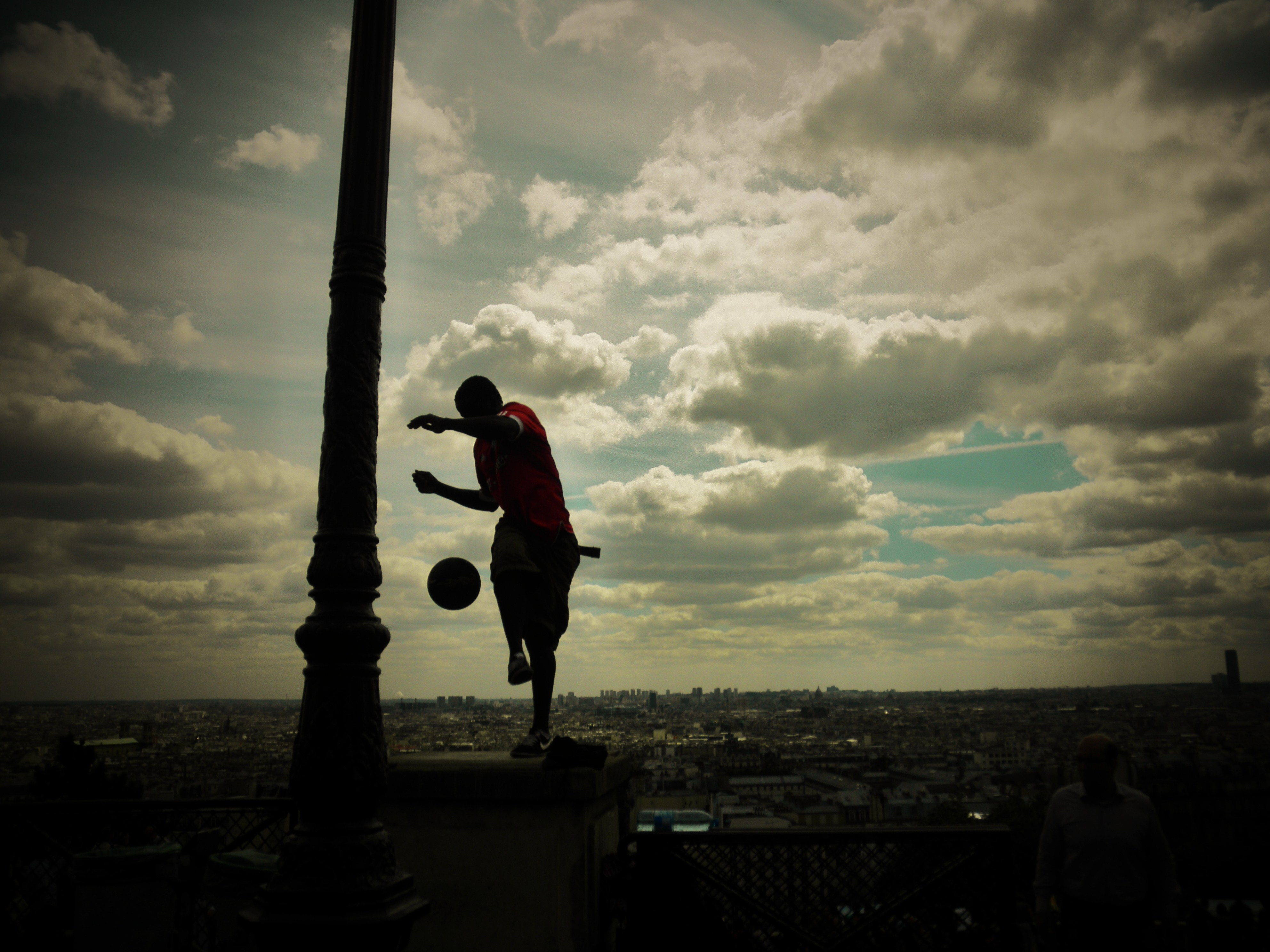 Street Performer in Paris