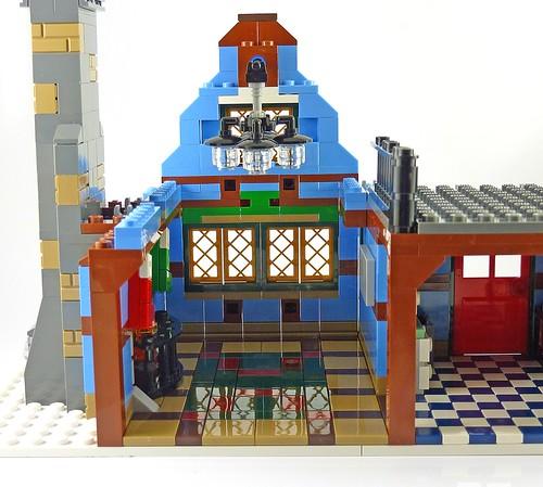 LEGO 10229 Winter Village Cottage b09