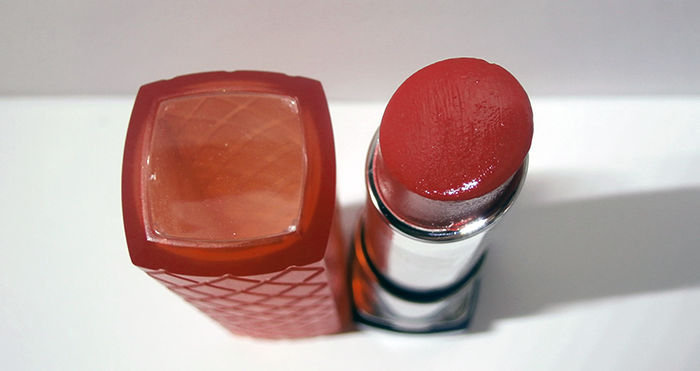 Revlon Lip Butter 'Candy Apple' 2