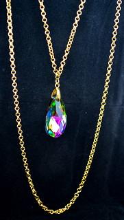 Glitz & Glam Gold Pendant Necklace