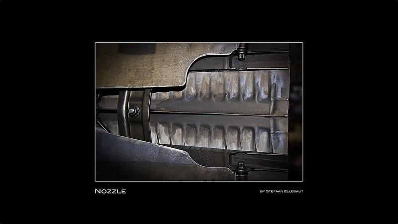 F100-PW-220 nozzle