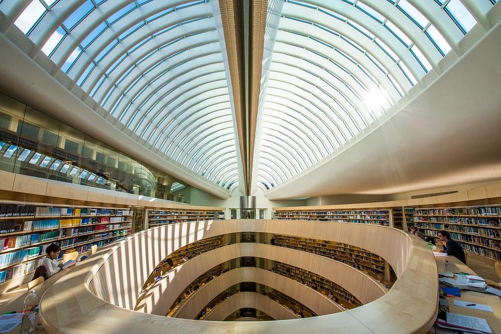 Die Bibliothek des Rechtswissenschaftlichen Instituts der Universität Zürich