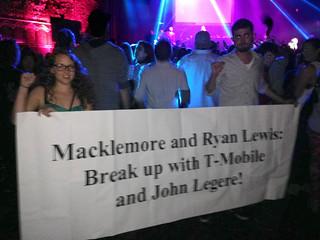 4_T-Mobile_Macklemore_USAS