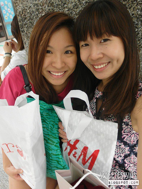 eve of chinese new year eve 2014 shopping with best friend (2)