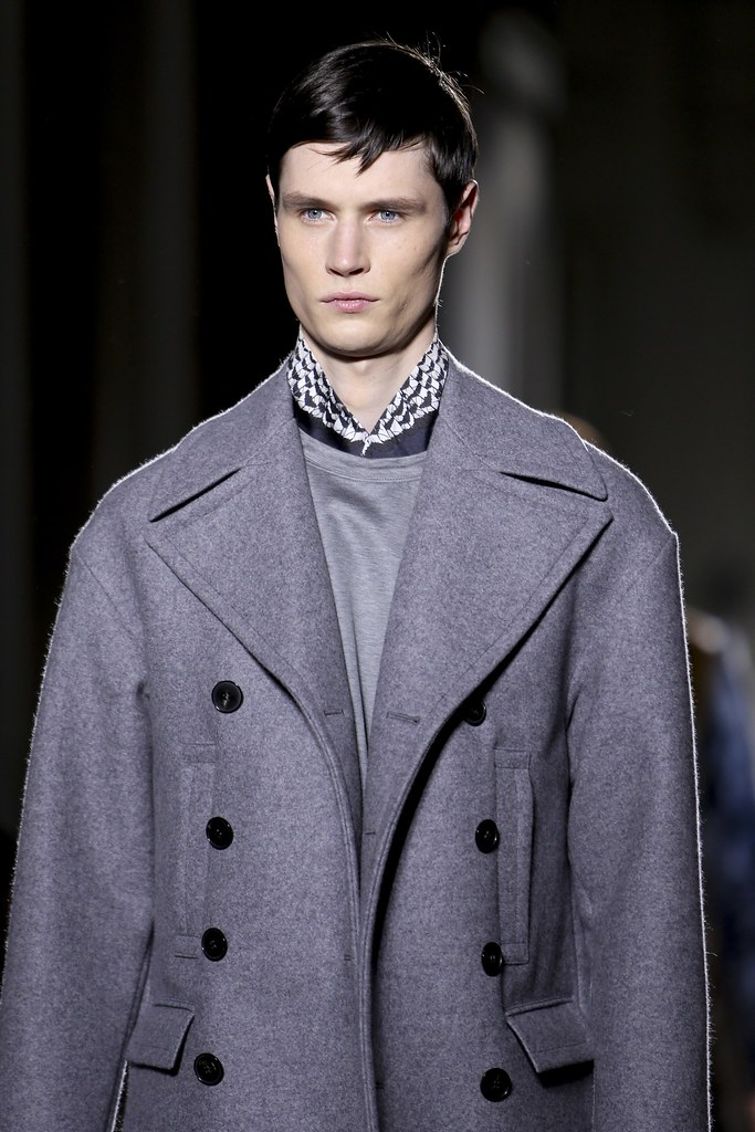 FW14 Paris Valentino120_Andrew Westermann(VOGUE)