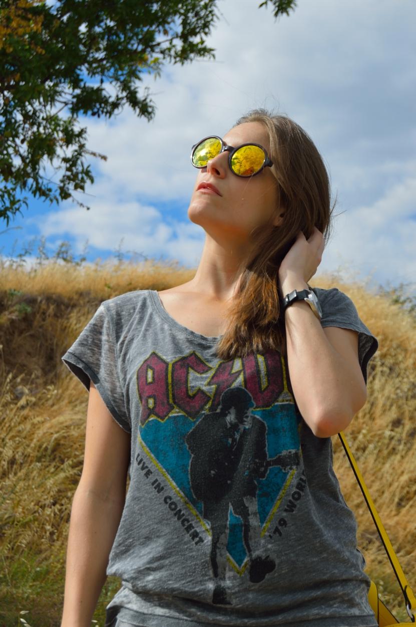 lara-vazquez-madlula-blog-attire-yellow-rays