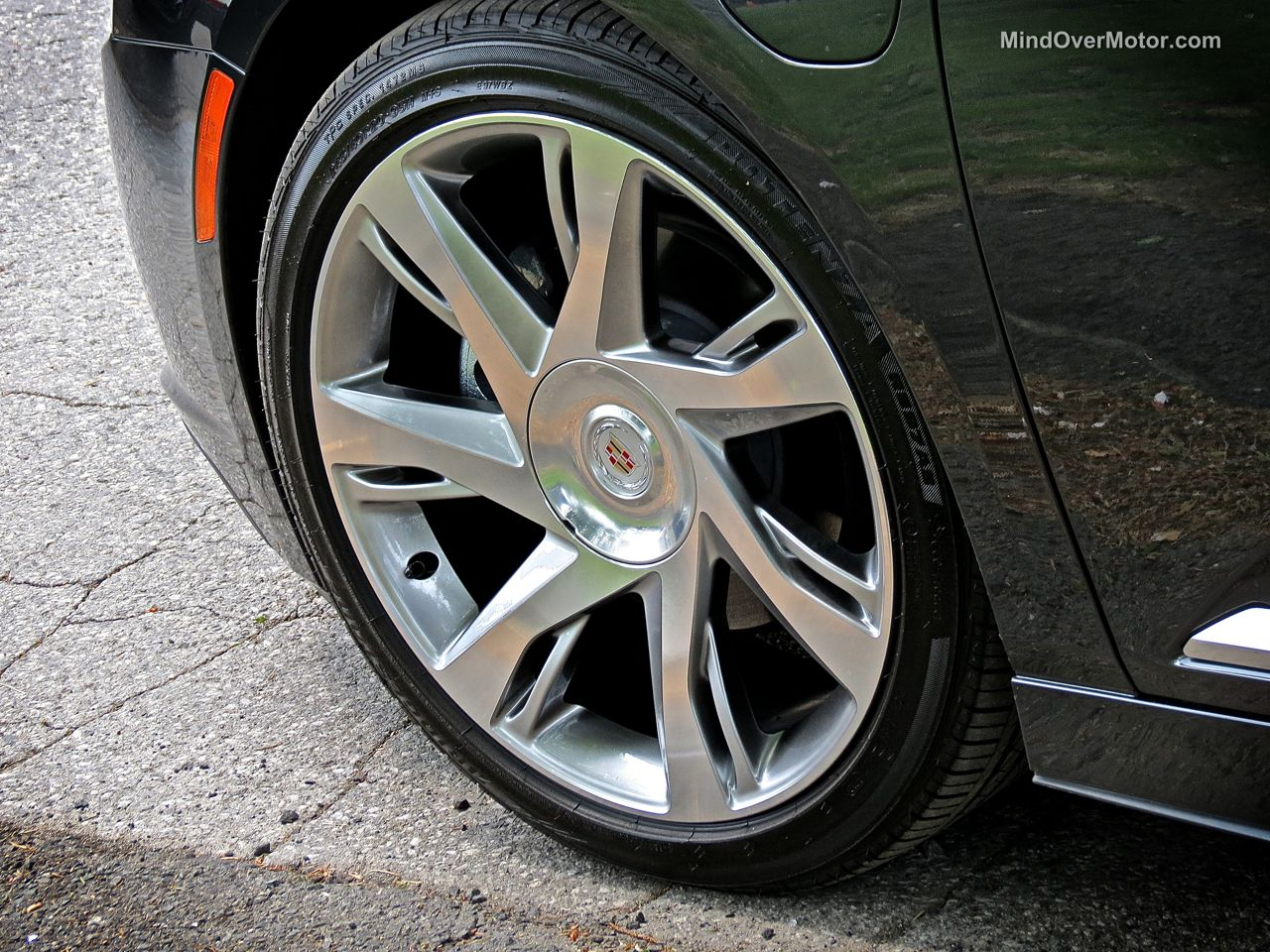 Cadillac ELR Wheel
