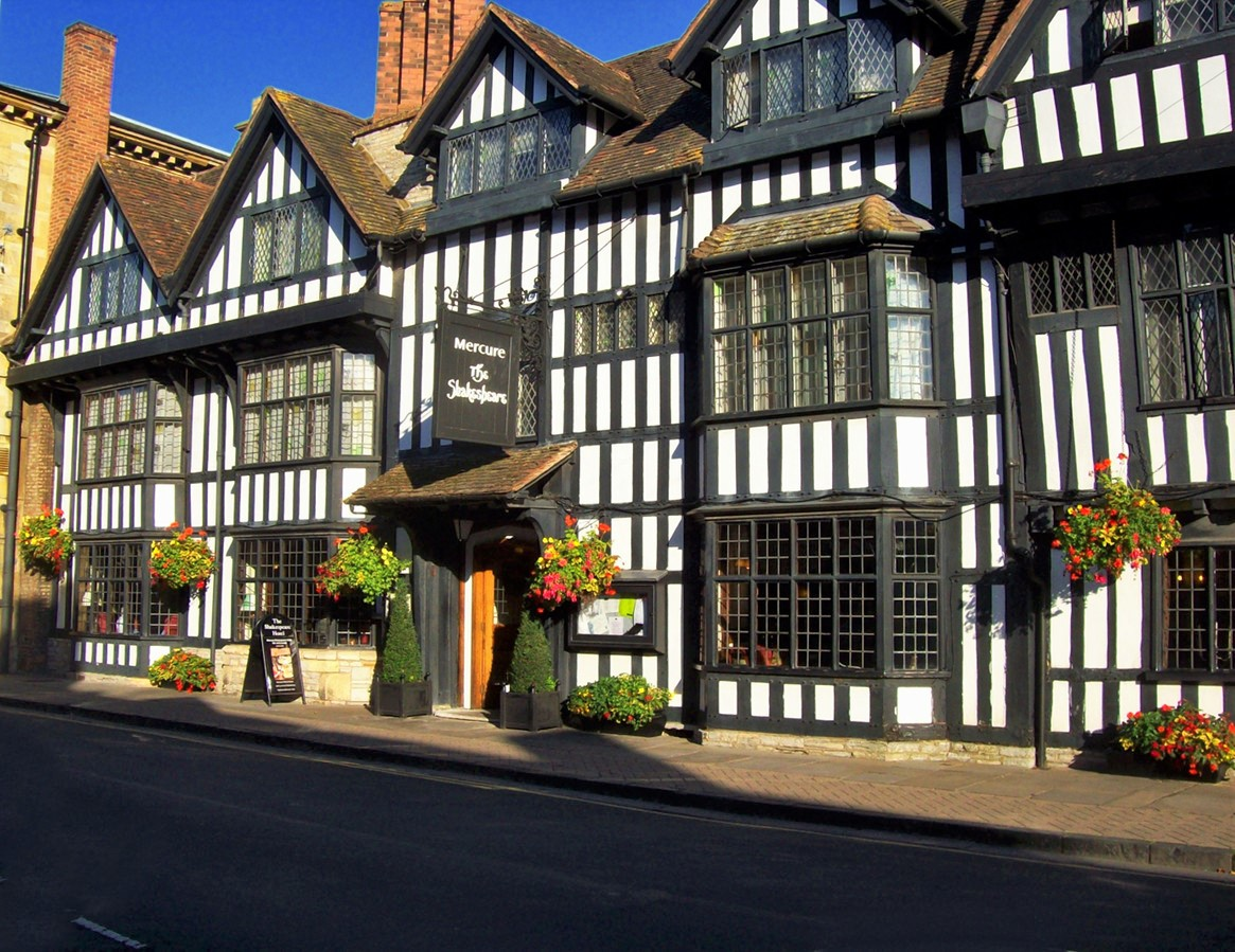 Stratford-upon-Avon. The Shakespeare Hotel. Credit summonedbyfells