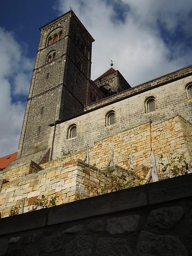 Quedlinburg: Schloss und Wein