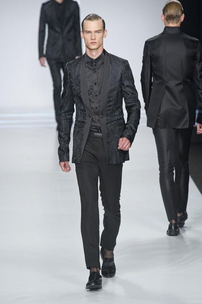 SS14 Milan Ji Wenbo044_Philipp Bierbaum(fashionising.com)