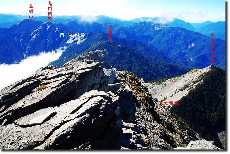 俯瞰死亡稜線(From 中央尖山頂) 3