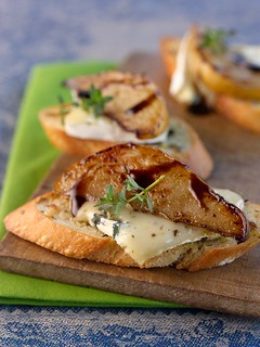 Roasted Pear Crostini (2)