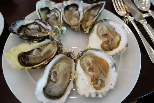 2 of each type of oysters - Bar & Billiard Room