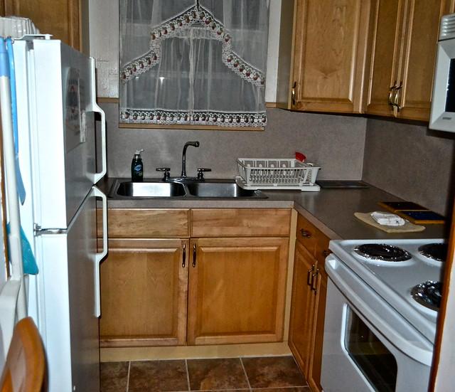 full kitchen at kings bay lodge crystal river reviews