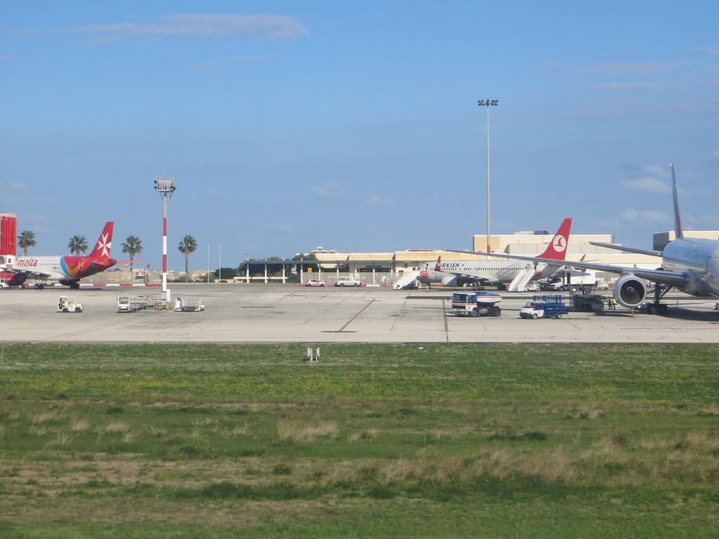 Malta (Valletta/Luqa) Airport (MLA / LMML) 11718363186_05ffc1976c_b