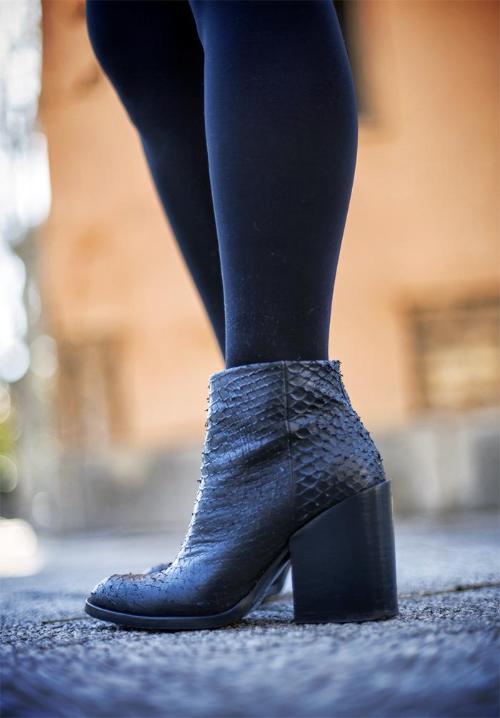 street style barbara crespo flowered lingerie dress stradivarius the corner fashion blogger outfit zara boots