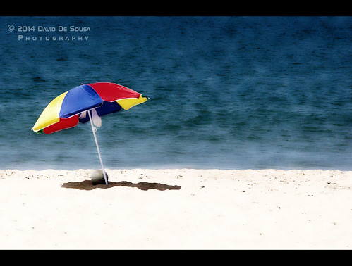 hot color beach water umbrella fun sand cabo samba radiation wave colores heat angola luanda ledo afria