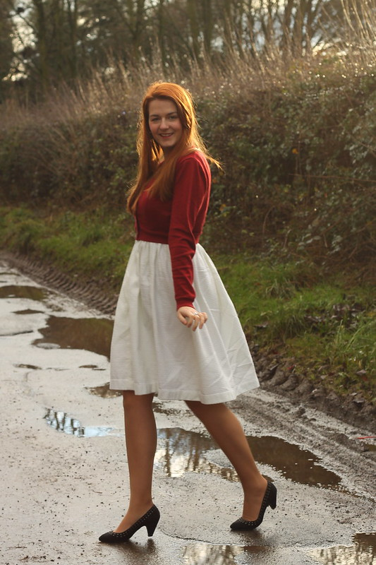 uk style blogger, cropped cardigan, 50s dress