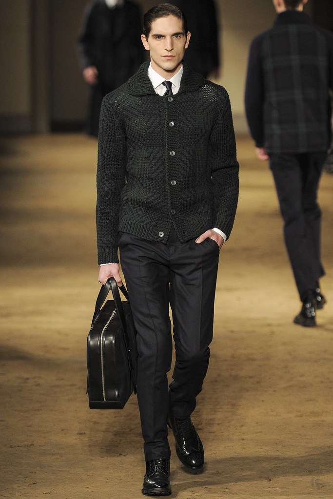 FW14 Milan Corneliani011_Rodolphe Zanforlini(VOGUE)