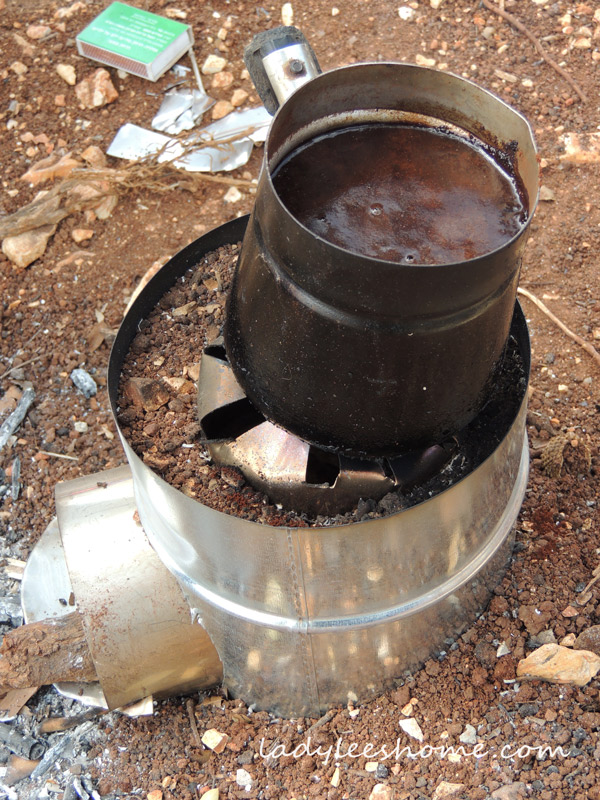 arabic-coffe-on-a-rocket-stove-09