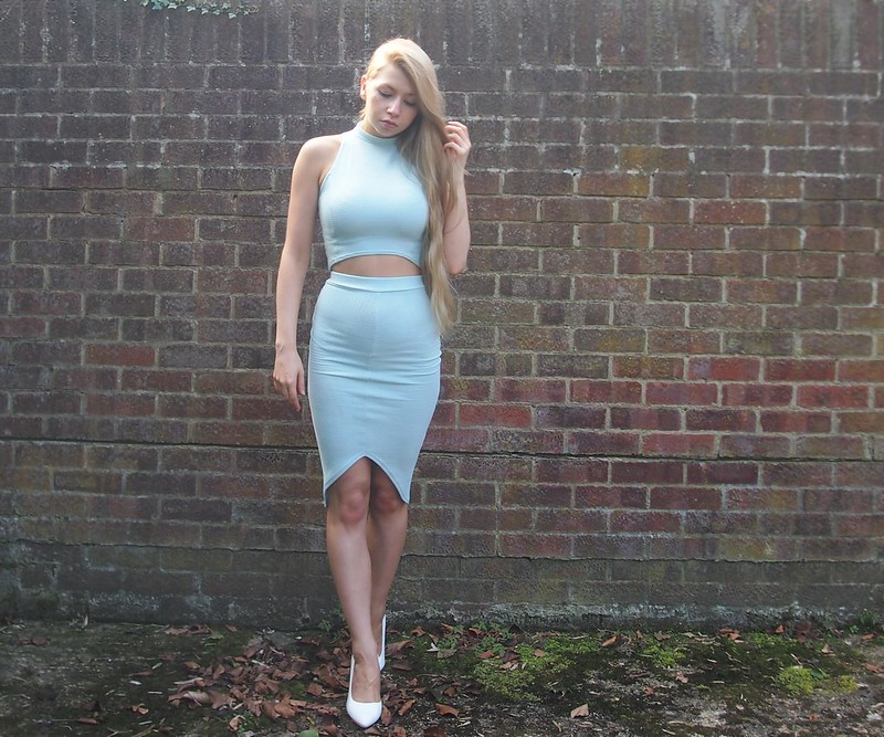 Missguided, Ribbed, High Neck Crop Top, Curve Hem Midi Skirt, Mixi, Drop Hem, Bodycon, Pastel, Blue, Mint, Co-ordinates, Co-ords, White Court Shoes, Boohoo, How to Wear, SS14, Sam Muses, UK Fashion Blog, London Style Blogger