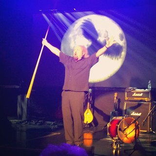 Great show @billbailey - thanks for another great performance in sunny #Helsinki #qualmpeddler