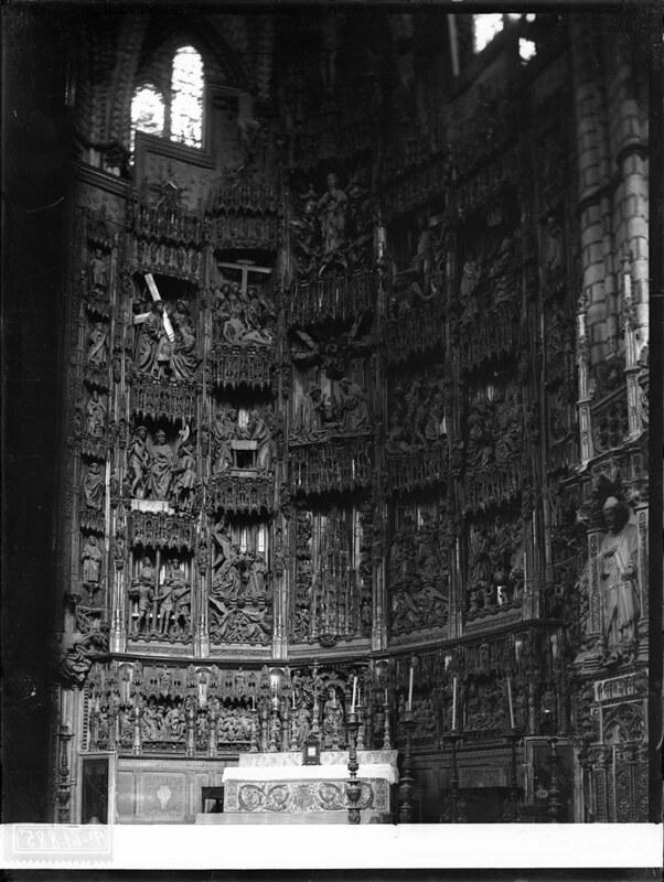 Altar Mayor de la Catedral a comienzos del siglo XX. Fotografía de J. Lacoste © MECD, Fototeca del IPCE, signatura VN-22570_P