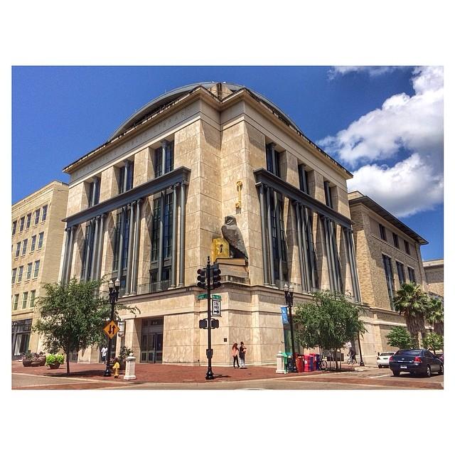 Jacksonville Public Library, Main Branch. Jacksonville, FL #ourtodayadventure #staycation #touryourcity #igersjax #jacksonville #ilovejacksonville #mainbranchlibrary