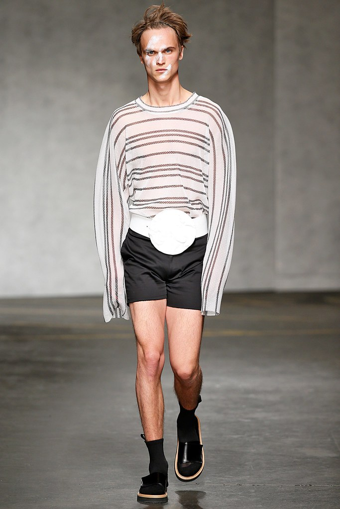 SS15 London Xander Zhou022_Louis Steyaert(VOGUE)
