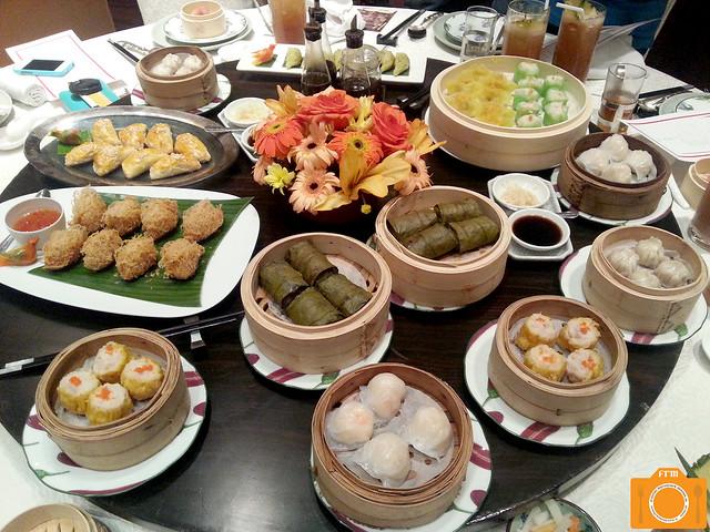 Li Li Dim Sum Buffet spread