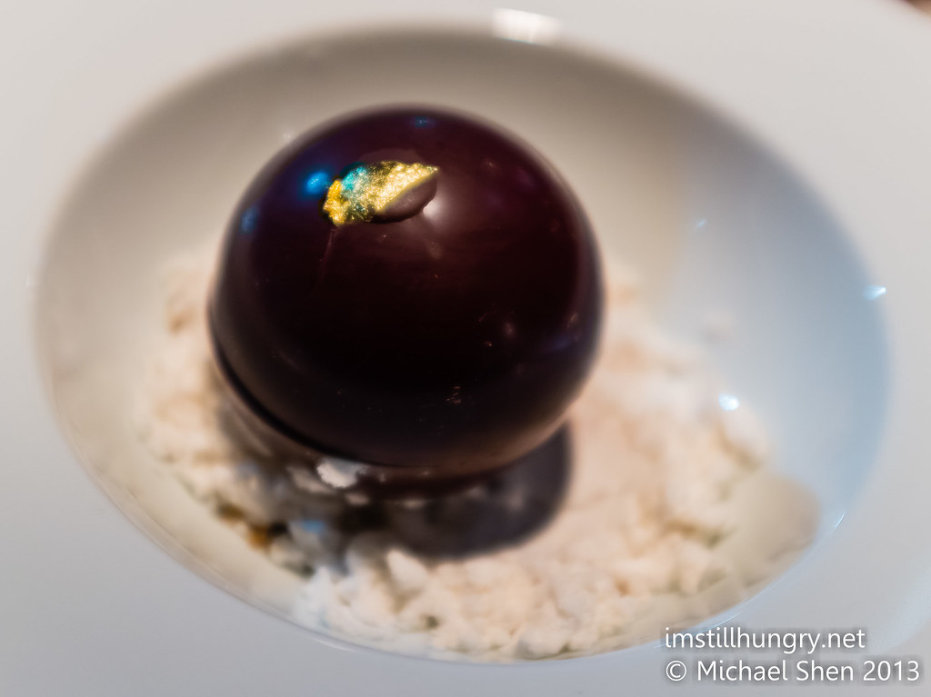 Black by Ezard chocolate w/warm couverture ganache, dulce de leche ice cream, peanut butter mousse