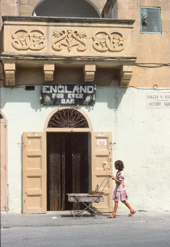 Maltese Bar