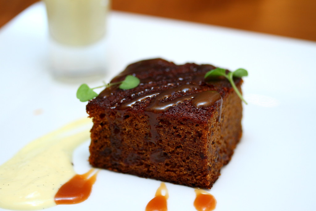 Nosh Restaurant & Bar: Toffee Date Cake