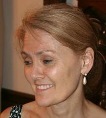 ringlet(0.0), hair coloring(0.0), nose(1.0), chin(1.0), face(1.0), hairstyle(1.0), lip(1.0), head(1.0), hair(1.0), cheek(1.0), brown hair(1.0), blond(1.0), eyebrow(1.0), forehead(1.0), eye(1.0),
