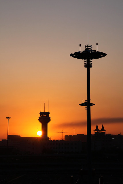 Sunrise at Urumqi airport ウルムチ国際空港から見る朝日