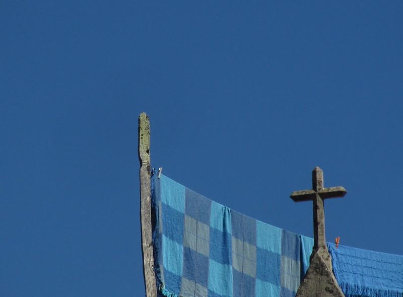 Manta azul y cielo