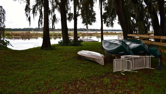 Van Der Valk Golf Resort. Inverness, Florida - Canoes