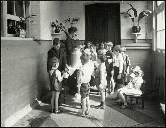 Blackfriars Public School - milk distribution