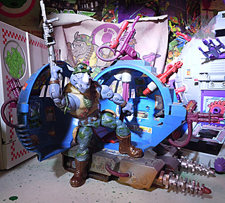TEENAGE MUTANT NINJA TURTLES - CLASSIC COLLECTION :: ROCKSTEADY & BEBOP { tOkKustom Punk touch-ups } xxxi // ..Rocky with '93 Technodrome Scout Vehicle  (( 2013 ))