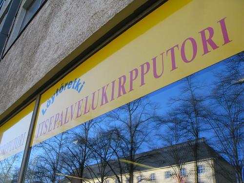 Trift shop tour in Helsinki