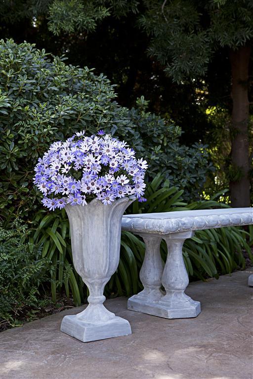Tulip Urn & Garden Bench