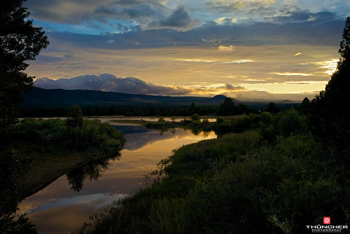sunset sky nature clouds oregon centraloregon reflections landscape outdoors northwest bend sony scenic silhouettes 66 fullframe fx waterscape cascademountains tumalo a7r tumaloreservoir sonya7r sonyilce7r zeissfe35mmf28za yoipppppppppp09u