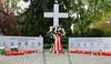 Das Vertriebenendenkmal in Karlsruhe zur Erinnerung an die alte Heimat und die Opfer von Flucht und Vertreibung nach dem Zweiten Weltkrieg (1939-1945)