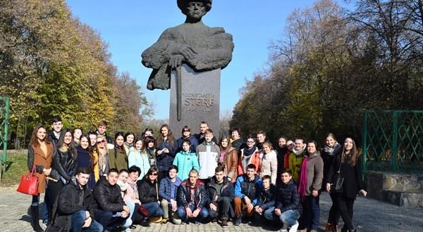 Romania_prin_ochii_elevilor_din_Comrat_si_Cahul(2)